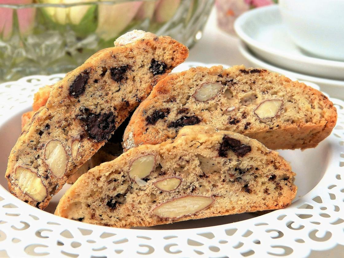 The Tasty Traditional Italian Biscotti Cookies