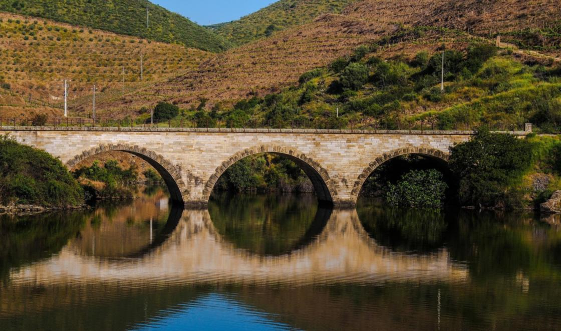 Zamora, Beautiful Small Town To Visit in Spain, Douro River